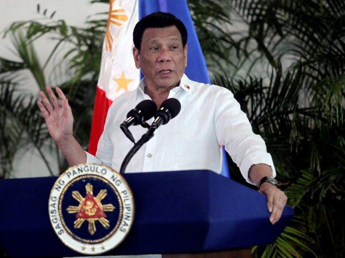 Otra de Duterte: Presidente filipino ordena arrestar a personas que tengan mal puesta la mascarilla