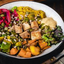 Comida vegana reduce las posibilidades de cáncer y proyecta una mayor variedad de oferta en Chile durante la pandemia