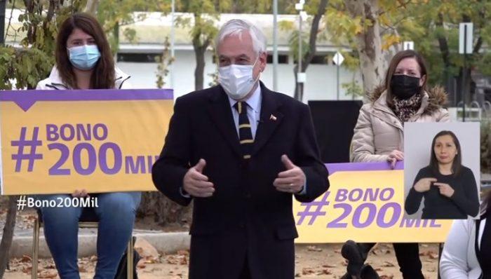 Presidente Piñera vuelve a defender ayudas del Gobierno y promulga bono de $200 mil para personas sin fondos en cuentas de AFP