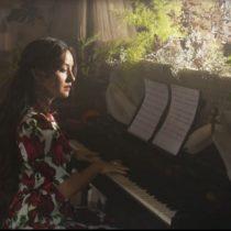 """Denise Rosenthal y su nuevo disco """"Todas seremos reinas"""": una apuesta por la autoaceptación, el empoderamiento y la deconstrucción del amor romántico"""