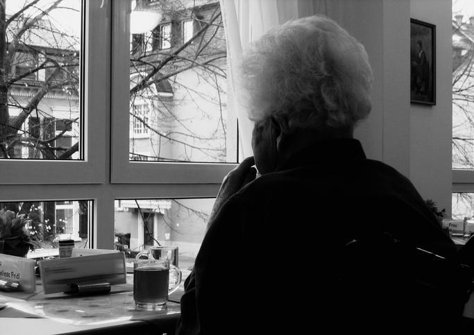 Mamá yo te recuerdo, una emotiva novela gráfica sobre una madre que padece Alzheimer