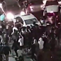 Tensión Israel-Palestina: grupo de manifestantes judíos lincharon a conductor árabe que terminó con diversas heridas en el piso