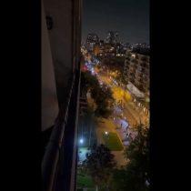 Ciclistas pasan fuera de Consulado de Colombia para apoyar manifestación: reportan incidentes con Carabineros