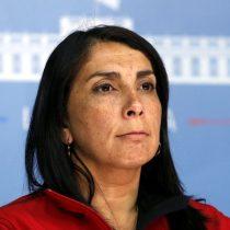 Ministra Rubilar inicia cuarentena preventiva: es contacto estrecho de una persona con Covid-19