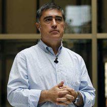 Desbordes responde a críticas por repostulación a presidencia de RN: