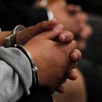 """Senadores de oposición presentan proyecto para frenar """"uso excesivo"""" de prisiones preventivas"""