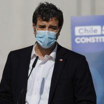 """Ministro Ossa por proyecto de feriado irrenunciable para el comercio en elecciones: """"No es estrictamente necesario"""""""