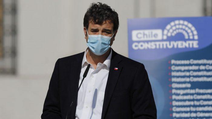 Ministro Ossa por proyecto de feriado irrenunciable para el comercio en elecciones: