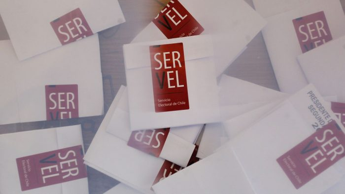 Vuelco electoral: candidata independiente llegaría a la alcaldía de Sierra Gorda tras error detectado en mesa de votación
