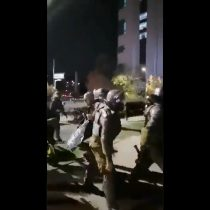 Detienen a constituyente de la Lista del Pueblo durante manifestación en Plaza Italia