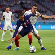 Con autogol de Hummels, Francia supera por la cuenta mínima a Alemania en la Eurocopa