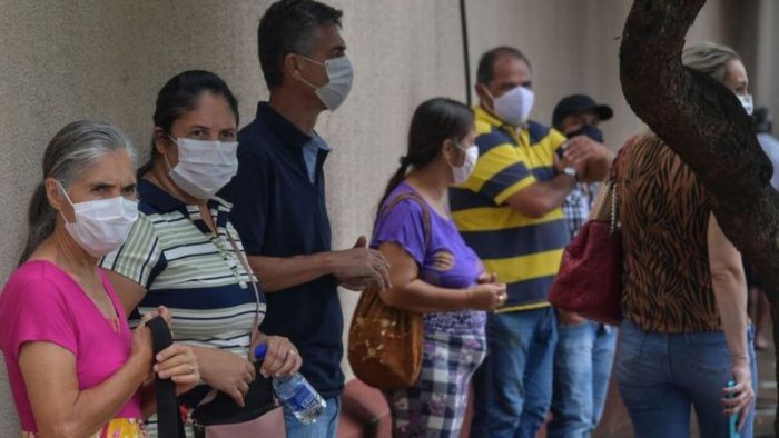 Coronavirus en Brasil: los impresionantes resultados del experimento en la ciudad que vacunó al 75% de sus adultos