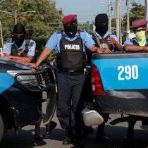 Crece éxodo de periodistas y disidentes por cacería de opositores en Nicaragua