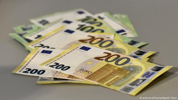 Comienza proyecto piloto de renta básica en Alemania por 1.200 euros al mes