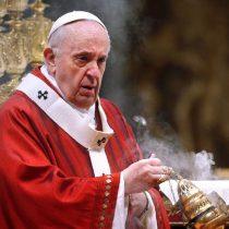 Vaticano reforma sus leyes para castigar abusos contra menores y adultos