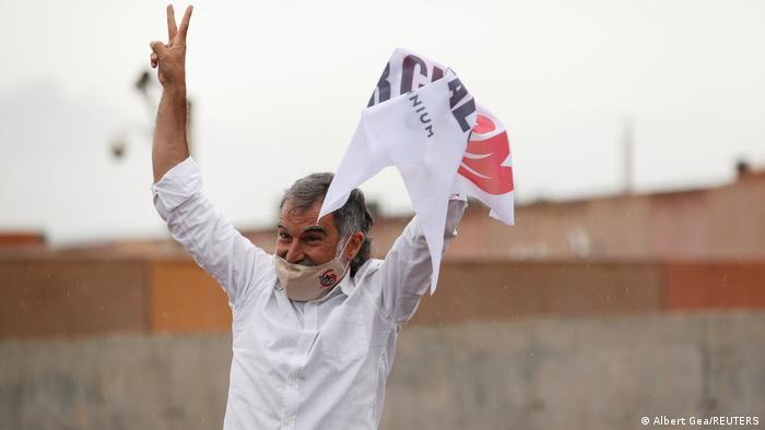 Independentistas catalanes tras sus liberaciones: