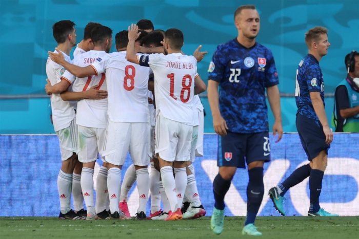 España firma su mejor partido en la Eurocopa y golea 5-0 a Eslovaquia