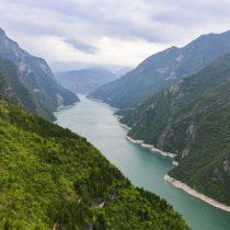 """China asegura que ha logrado un """"notable progreso"""" para controlar contaminación de río Yangtze: más de 550 empresas del sector fueron reubicadas o transformadas"""