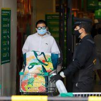 Sernac envía advertencia a supermercados trasreclamos por maltrato de guardias