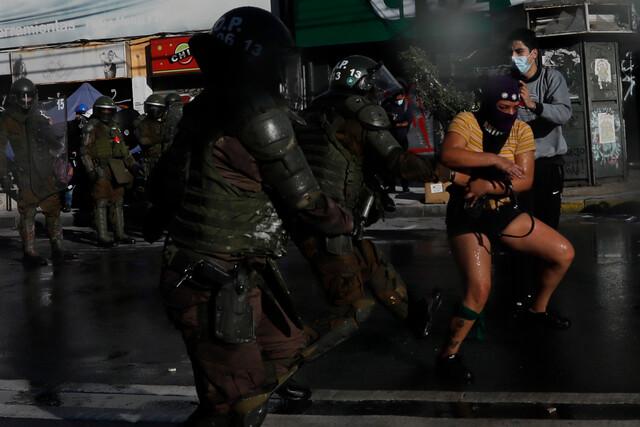 La otra cara de la Cuenta Pública: manifestantes se acercaron al Congreso en desaprobación al Gobierno