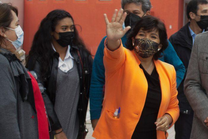 Provoste llegó a la sede DC para felicitar a gobernador electo de la RM: