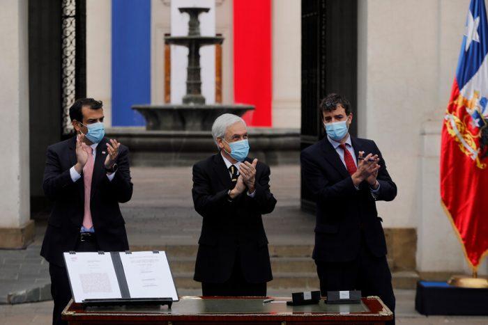 Presidente Piñera sale a marcar posiciones a días de la instalación de la Convención Constituyente: