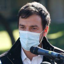 """Alcalde Vodanovic tras arribo a municipio de Maipú: """"No nos encontramos ni con computadores ni teléfonos"""""""