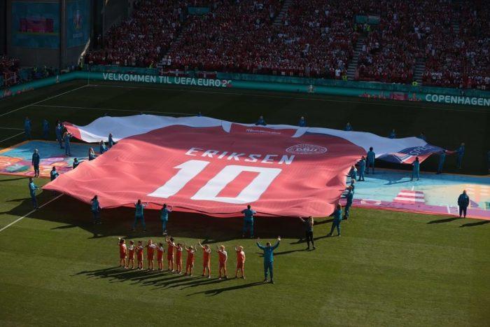 El sentido homenaje que realizaron en el partido de la Eurocopa entre Dinamarca y Bélgica al accidentado futbolista Christian Eriksen
