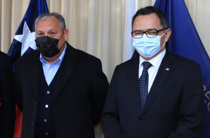 Rodrigo Mundaca sostuvo reunión con intendente de Valparaíso para coordinar traspaso de funciones