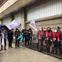 Dirigentes de Metro denuncian no pago de bono Transantiago y alzas en sueldos de ejecutivos