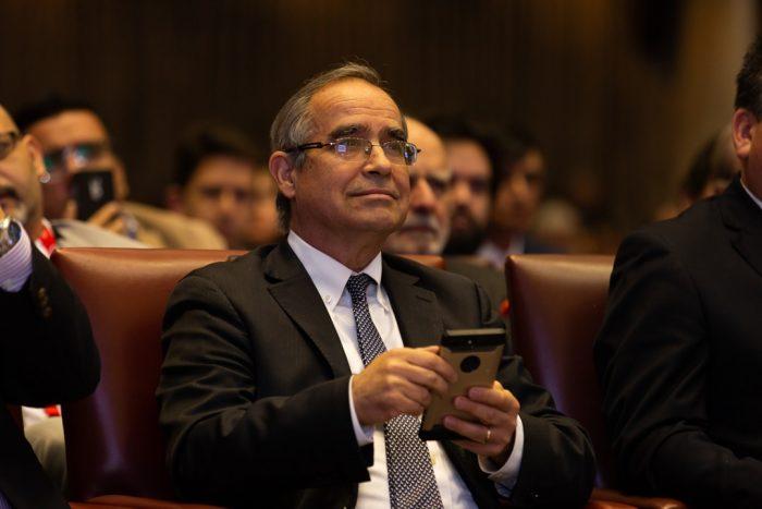 Senador Pugh plantea la creación de una subsecretaría de Gobierno Digital