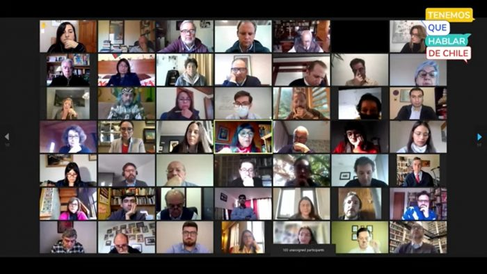Más de 100 constituyentes se reúnen en encuentro virtual convocado por la Universidad de Chile y la Universidad Católica