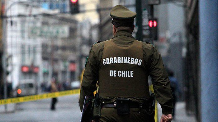Carabineros da de baja a cuatro funcionarios que protagonizaron accidente automovilístico en Plaza Baquedano: conductor se encontraba en estado de ebriedad