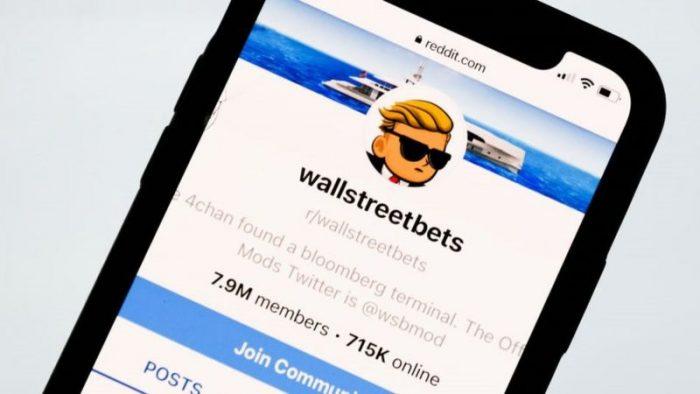 El boom de los jóvenes que invierten en acciones a través de apps (y qué peligro tiene)