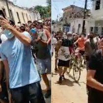 Miles de cubanos salen a las calles en una inusual y multitudinaria protesta al grito de