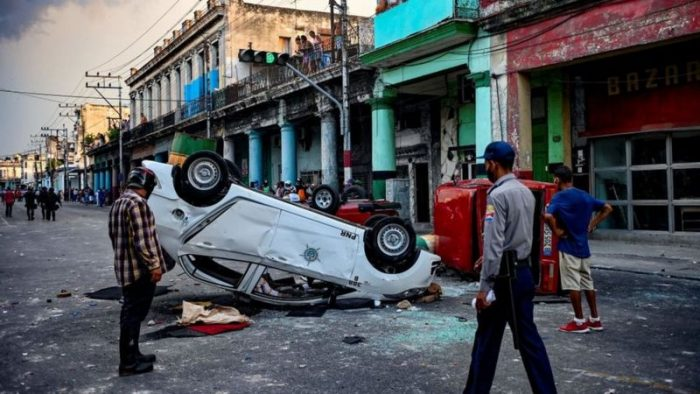 "Experto en estudios cubano-estadounidenses: ""EE.UU. no va a levantar el embargo sin que Cuba ceda o venga a la mesa a negociar en buena fe"""