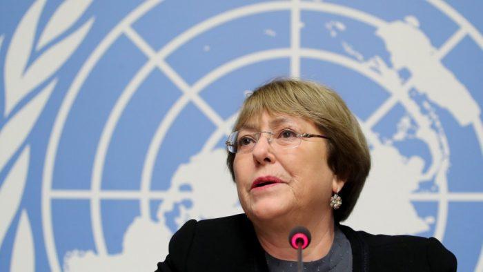 Bachelet considera