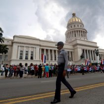 Medios estatales reportan un muerto en las protestas antigubernamentales enCuba