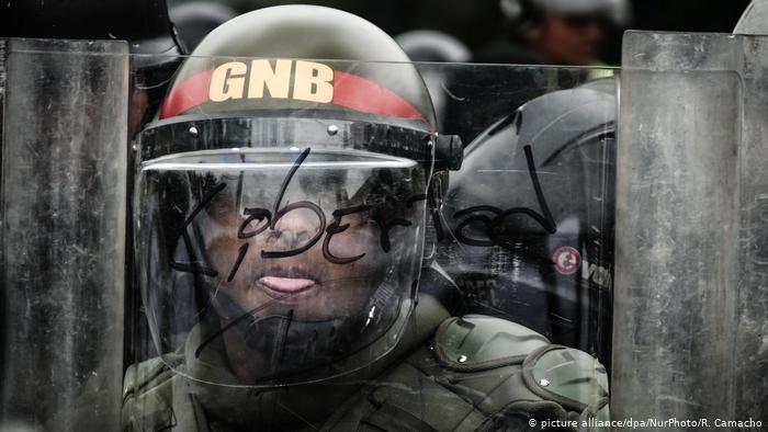 Nicolás Maduro renueva a toda la cúpula militar