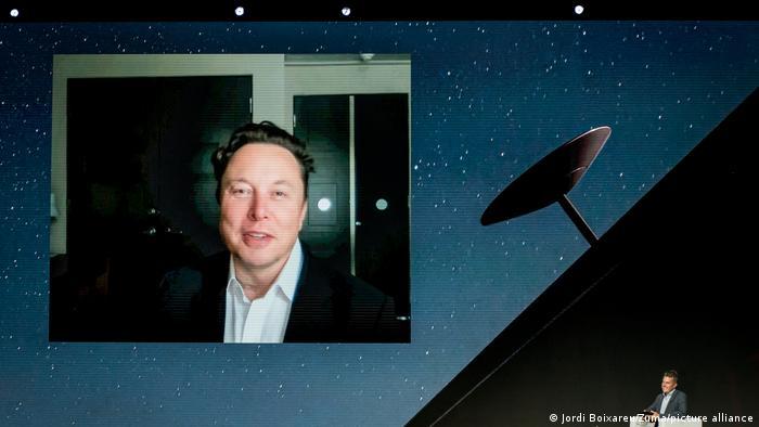 Elon Musk prevé que en agosto habrá cobertura de Internet
