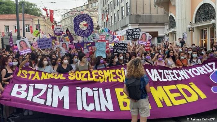 Turquía abandona oficialmente un tratado que protege a las mujeres contra la violencia machista
