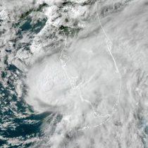 Elsa avanza hacia Florida convertido de nuevo en huracán