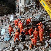 Hotel en China se desploma y se reportan al menos 8 muertos