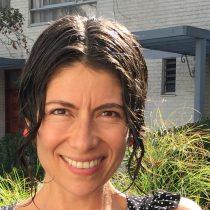 Investigadora chilena Andrea Calixto fue elegida representante de América Latina en organización científica mundial
