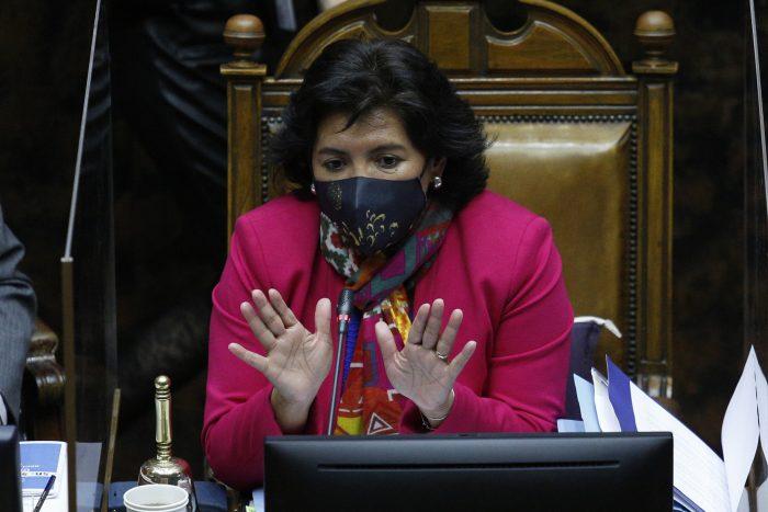 """Yasna Provoste no está dispuesta a pasar la batuta: """"Voy a cumplir con mi primera responsabilidad, que es ser senadora y presidenta del Senado"""""""