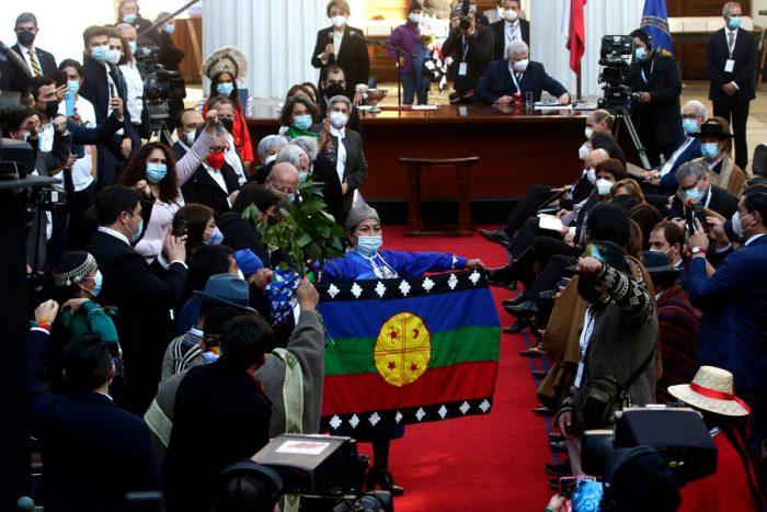 Prensa internacional destacó elección de Elisa Loncon para presidir la Convención Constitucional y repasó petición de cese a la