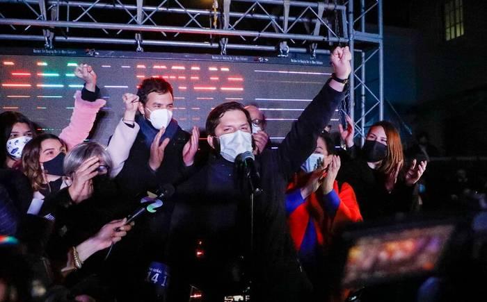 Gabriel Boric y su primer millón: alta votación del candidato del FA corre las fronteras de la izquierda hacia el centro