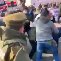 Se registran manifestaciones y enfrentamientos en las afueras de la embajada de Cuba en Chile