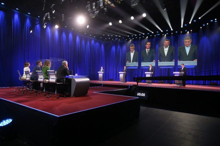Peak de 41, 4 puntos y alcance de casi cuatro millones de televidentes: los números del debate presidencial de Chile Vamos