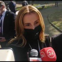 Constituyente Marcela Cubillos elude referirse sobre rol de Carabineros en las afueras de la CC y dice que